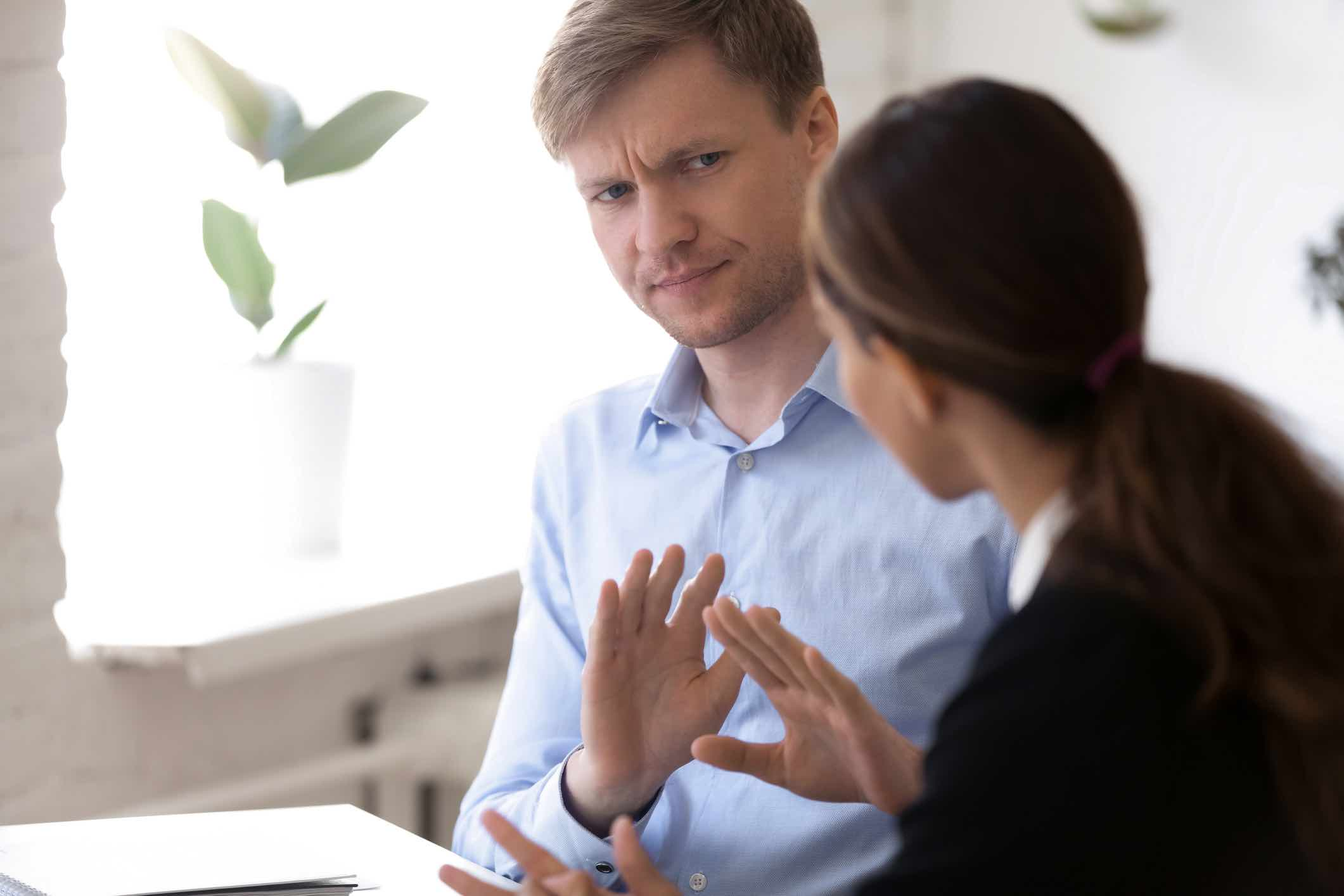 He's Just Not That Into You: Signs Your Boss Doesn't Care